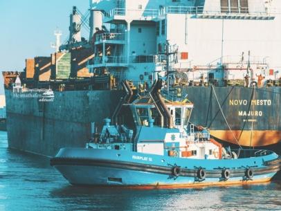 SHL-00001 Schlepper - FAIRPLAY IX und Frachter NOVO MESTO