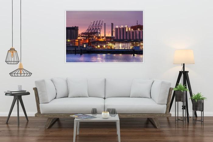 INR-00002 - Industrie & Retro - Hamburger Hafengiraffen und Industrie bei Nacht Wandbild hell