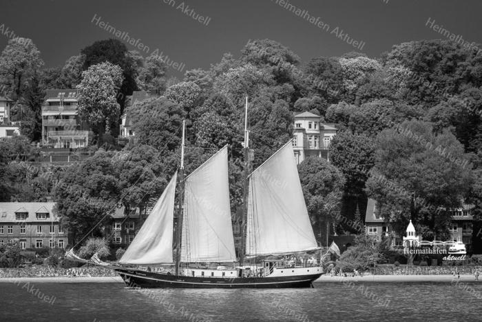Hamburg Foto - SUW-00001 Segelschiff ABEL TASMAN vor Neumühlen - Blankenese