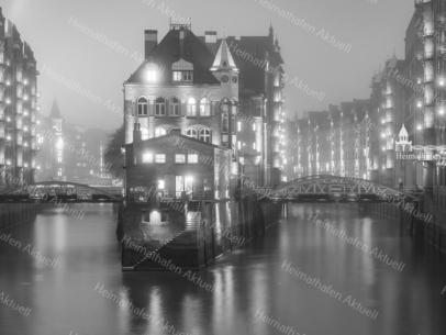 Hamburg Foto - SUW-00003 Wasserschloss Speicherstadt