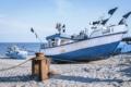 MAR-00005 - Maritimes - Fischerboot am Ostseestrand