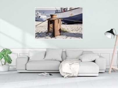 MAR-00006 - Maritimes - Fischerboot und Umlenkrolle am Ostseestrand Wandbild 1