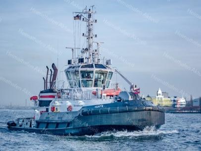 SHL-00012 - Schlepper- HUNTE aus Bremen in Höhe der Landungsbrücken