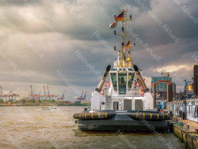 Hamburg Fotos - SHL-00014 Schlepper VB PERFECT an der Schlepper Pier Brücke 10 Landungsbrücken