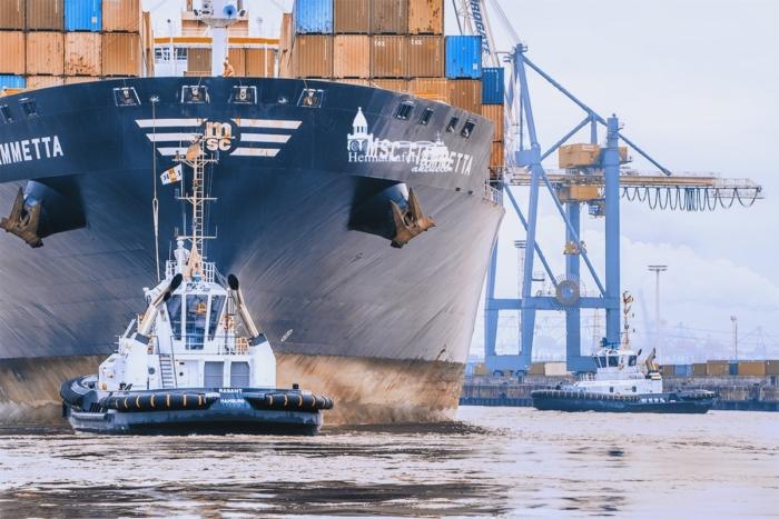 SHL-00019 - Schlepper - VB RASANT und Containerschiff MSC FIAMMETTA