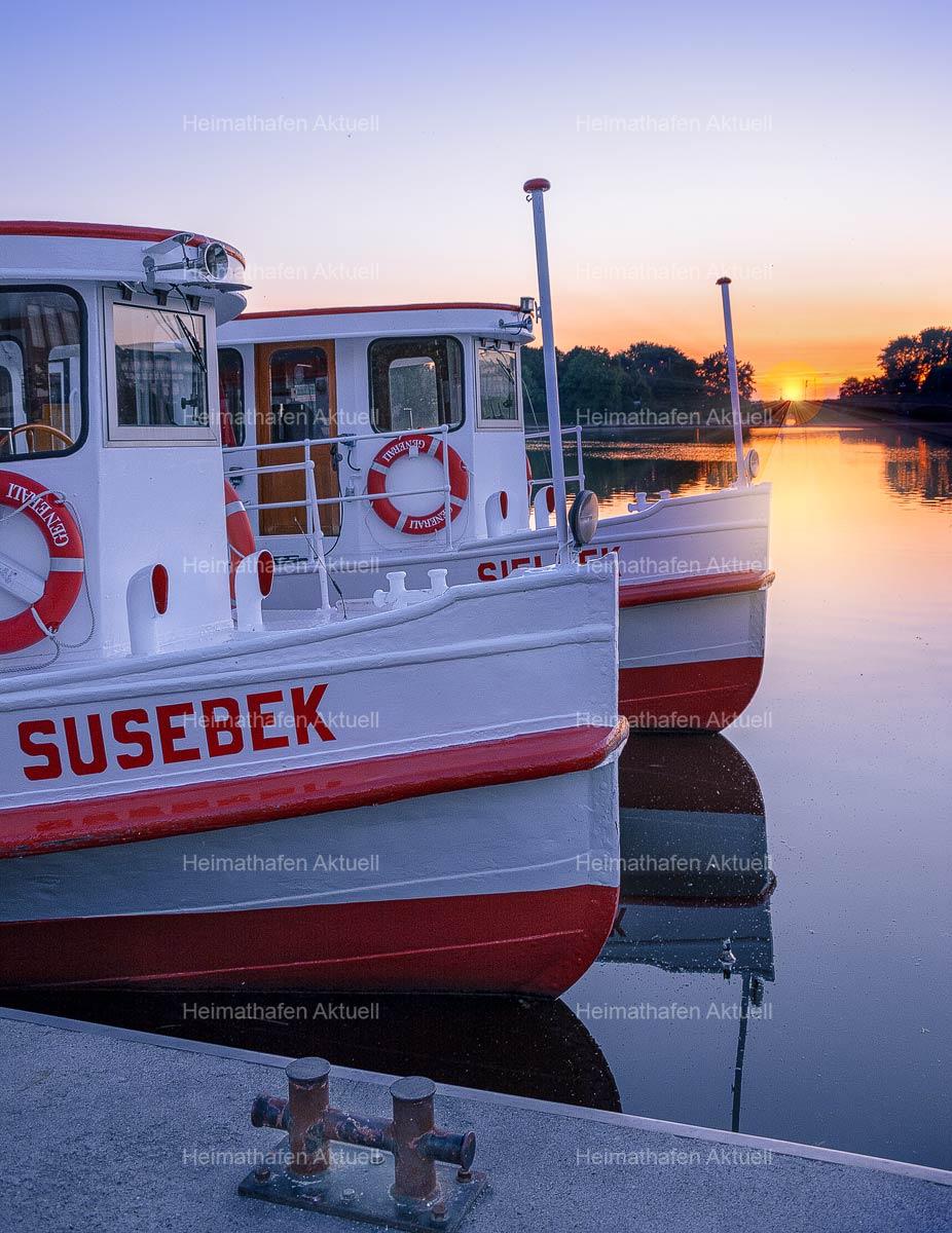 Hamburg Fotos Alster - ALS-00014-Sonnenaufgang-am-Anleger-Jungfernstieg