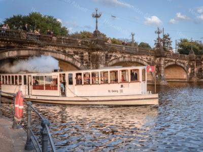 Hamburg Fotos und Bilder - Alster - ALS-00017-Alsterdampfer St.Georg unter der Lombardsbrücke