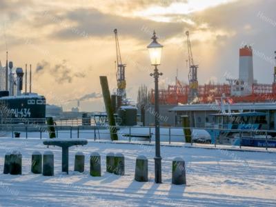 Hamburg Foto - HAF-00023 Winter sowie Eis und Schnee am Fischmarkt 2018