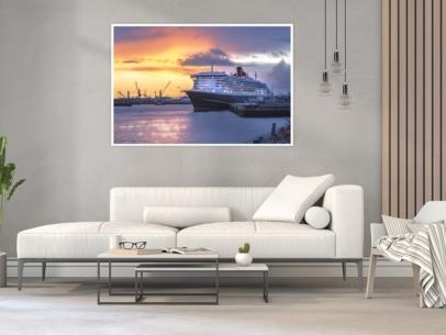 Hamburg Foto - HAF-00034 QUEEN MARY 2 am Cruise Terminal HafenCity Gestaltungsansicht