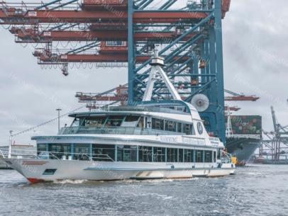 HAF-00091-Fahrgastschiff HAMBURG an der Einmündung zum Containerhafen