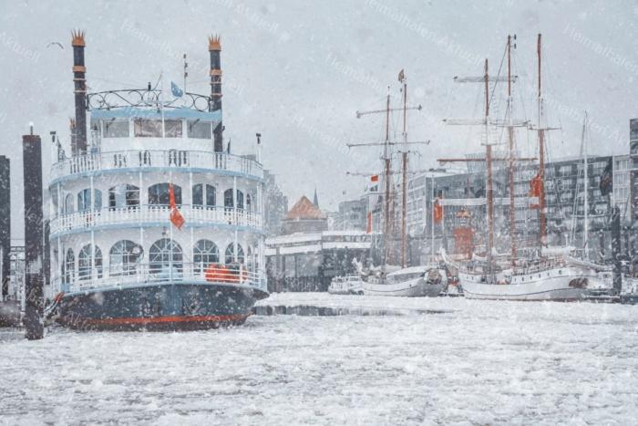 Hamburg Foto - HAF-00066 LOUISIANA STAR im Winter