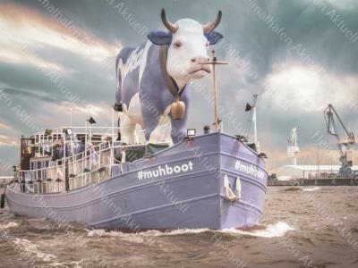 Hamburg-Foto---HAF-00089-Milka-Muhboot-im-Hamburger-Hafen