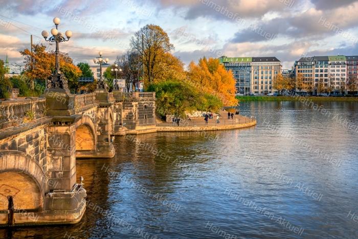Hamburg Bilder - ALS-00026-Lombardsbrücke-Alster-Herbst