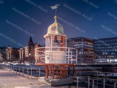 Hamburg Fotos HAL-00014-Leuchtfeuer-HafenCity