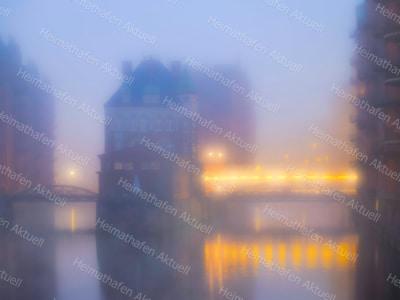 Hamburg Fotos HAL-00021-Wasserschloss-Nebel