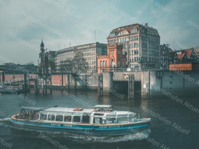 Hamburg Fotos-HAL-00027-Barkasse-Binnenhafen
