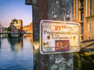 Hamburg Bilder u. Fotos - HAL-00042-Wasserschloss-Poggenmühlenbrücke
