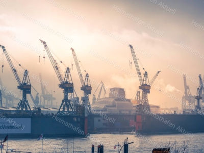 Hamburg Fotos u. Bilder - HAF-00114-Hafenkräne-Blohm+Voss