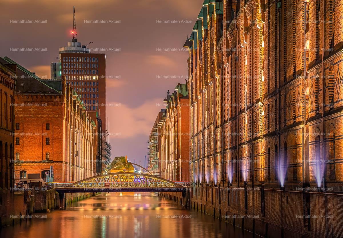 Hamburg-Fotos-HAL-00051-Speicherstadt am Abend
