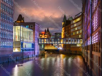Hamburg-Fotos-HAL-00059-Speicherstadt-bunt-bei-Nacht