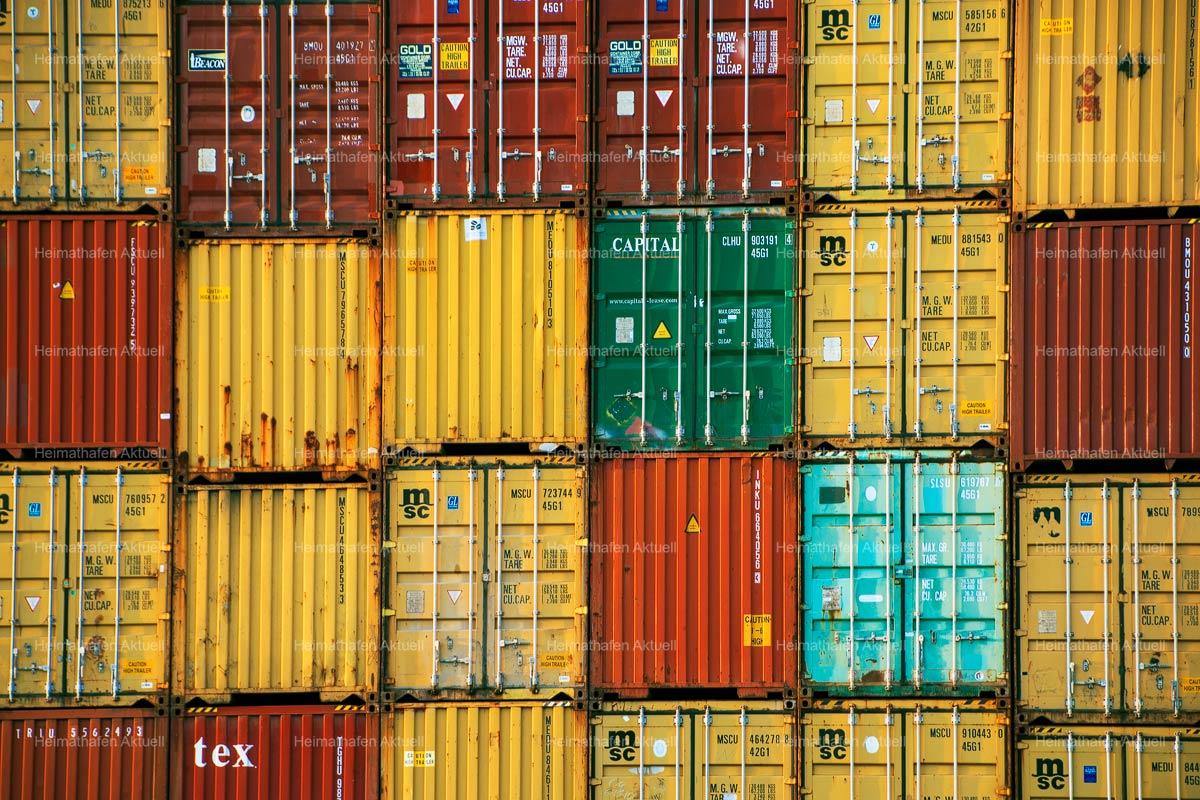 Hamburgbilder-KUD-00005-Container-im-Hamburger-Hafen