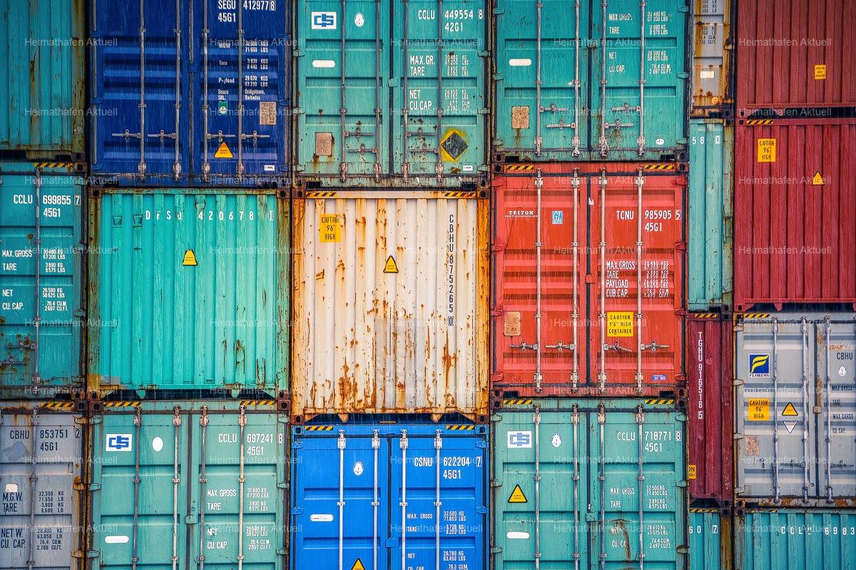 Hamburgbilder-KUD-00006-Container-im-Hamburger-Hafen