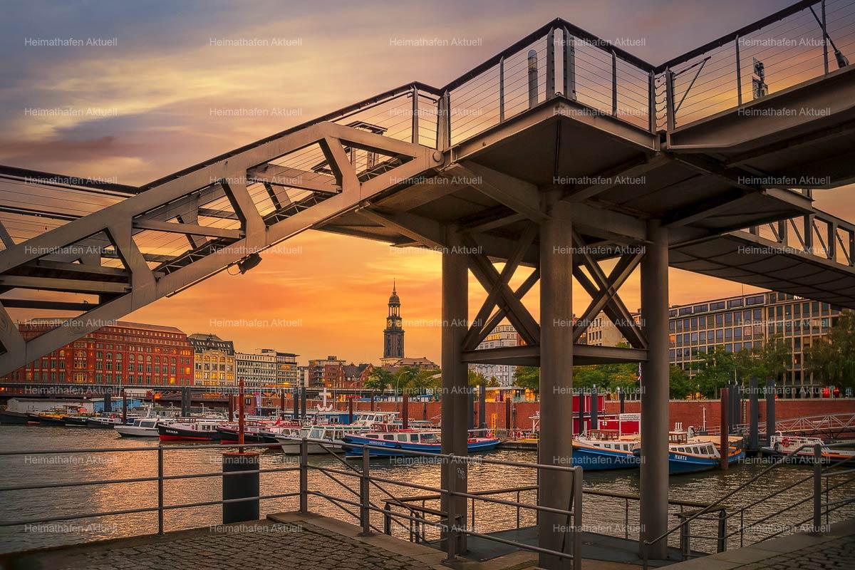 Hamburg Bilder und Fotos-HAF-00207-Binnenhafen Sonnenuntergang